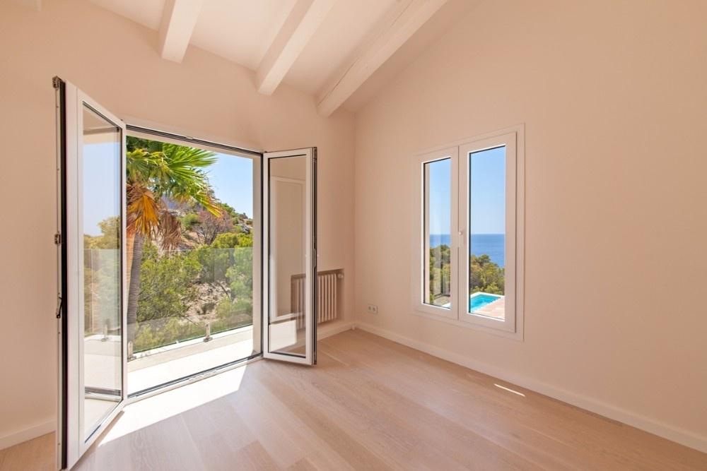 Moderne meerblickvilla banas immobilien for Moderne immobilien